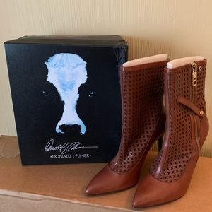Donald J. Pliner Shoes - Donald J Pliner Boot